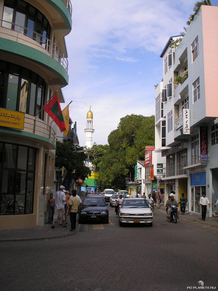 Мальдивы: остров-отель, остров-магазин и остров-пальма