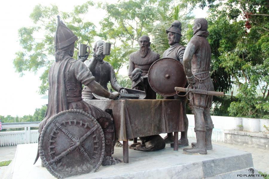 Монумент Сандуго или Монумент кровного договора