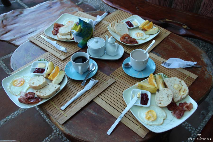 Так мы завтракали в Эль-Нидо