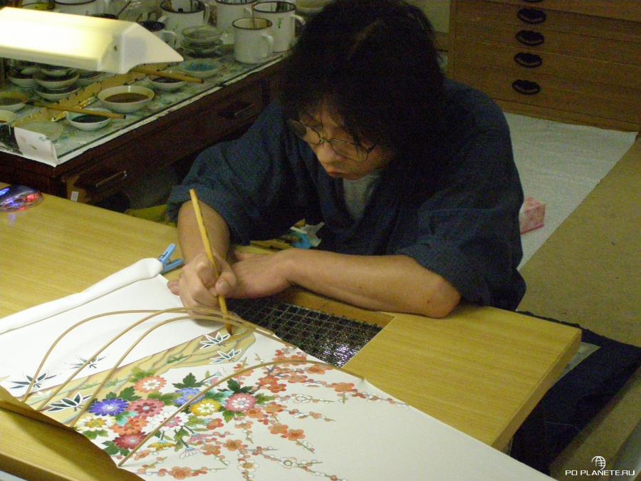 Мастерская по раскрашиванию тканей и кимоно Кага-Юдзен