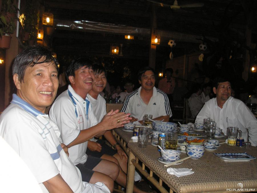 Вьетнамцы - футбольная нация!