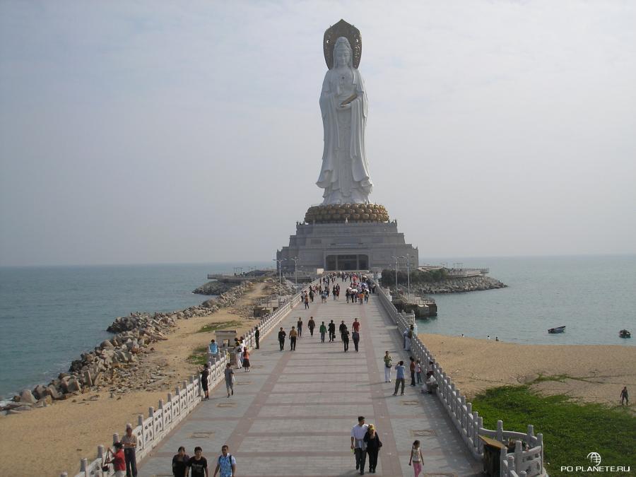 108-метровая статуя богини милосердия Гуаньинь