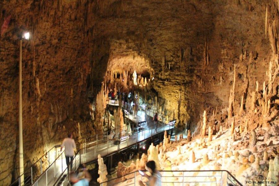 Пещера Гёкусендо, Окинава