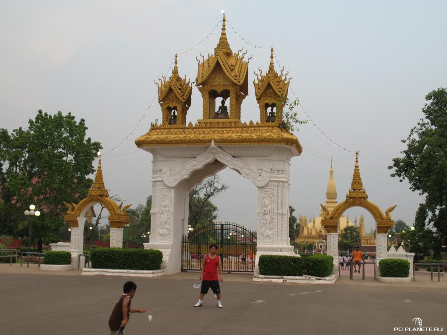 Путешествие в Таиланд и Лаос. Часть 2. Лаос.