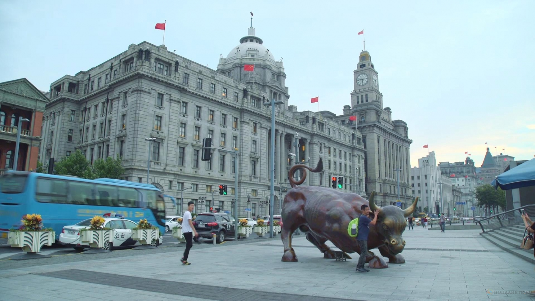 Прогулки по Шанхаю. Набережная Вайтань